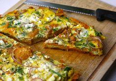 5 or less: Zoete aardappeltortilla met fetaMen neme (voor 2 personen): - 2 zoete aardappels - 1 rode ui - 6 eieren - flinke pluk verse peterselie, fijngehakt - 100 gram feta