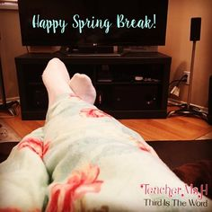 Yesterday I wore my comfy PJs all day! Today's adventure does not allow for PJs but I think it would make traveling so much nicer. Anyone else on spring break yet? #feetupmonday #travelbug #MidwestHereICome If you can guess where I'm going and I don't know you IRL drop a comment and the first person to guess wins any resource they want from my store. #giveaway Link to my store in bio.