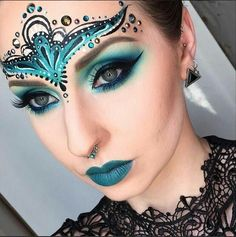 Halloween makeup idea and costume for women – Halloween Make Up Ideas Fairy Makeup, Makeup Art, Beauty Makeup, Paper Makeup, Exotic Makeup, Sfx Makeup, Mermaid Makeup, Makeup Ideas, Masquerade Makeup