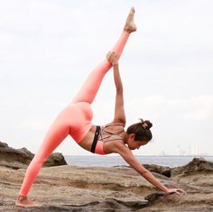 @seonia in the #AloYoga Airbrush Legging #yoga #inspiration