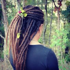 Beautiful dreads with a beautiful forest vine dreads tie by SpiraLocks - The original bendable dread tie to wrap and hold your dreads secure. Available on etsy.
