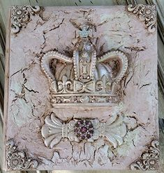 Michelle Butler Designs Decorative Crown Photo Album