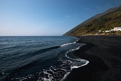 The black sand of Stromboli main beach, Aeolian Islands by Mark Howells-Mead, via Flickr #lsicilia  #sicily #stromboli #eolie