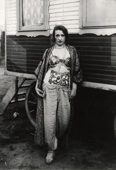 Circus artiste (1926-1932) - Sander Collection - Photography - Amber Online