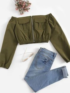 Shop Pocket Side Off The Shoulder Blouse online. ROMWE offers Pocket Side Off The Shoulder Blouse & more to fit your fashionable needs. Teen Fashion Outfits, Cute Fashion, Outfits For Teens, Girl Fashion, Summer Outfits, Fashion Styles, Crop Top Outfits, Cute Casual Outfits, Pretty Outfits