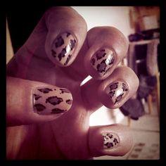 Natural Leopard Nails