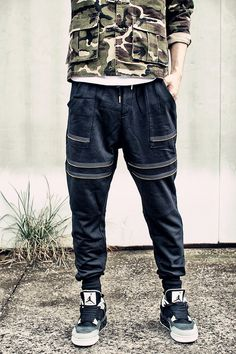 Streetwear para hombre de moda cremallera mosca pantalones de chándal  hombres basculador pantalones bálsamo   en hombres ropa urbana bajo tiro  caído joggers ... 13b9b4b7b07