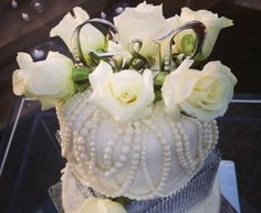 WWW.PAIGEBROWNDESIGNS.COM, WEDDING CAKE TOPPER WITH WHITE FLORALS AND PEARLS