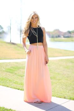 This skirt!! http://www.sidelinesass.com/collections/new/products/the-cherise-skirt?variant=15129270404