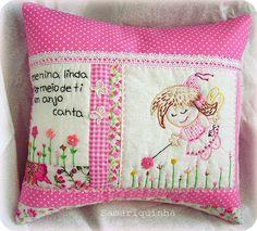 Para o quarto de uma menina encantada! by Fotos de Samariquinha- Micheline Matos, via Flickr