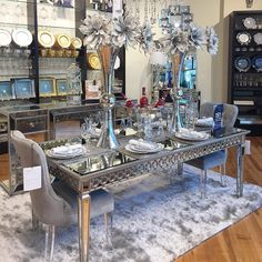 Embedded Dining Room Table Decor, Living Room Decor Cozy, Elegant Dining Room, Luxury Dining Room, My Living Room, Dining Area Design, Home Decor Kitchen, Home Decor Furniture, Decorations