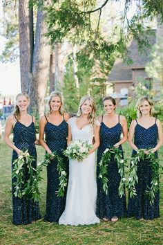 chic navy wedding in Tahoe - photo by onelove photography http://ruffledblog.com/chic-navy-wedding-in-tahoe