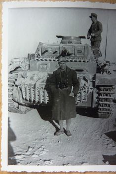 DAK 15 Panzer Div Befehl Panzer III Raum Tobruk — Postimage.org Afrika Corps, North African Campaign, Panzer Iii, Ww2 Pictures, Photo Dump, Ww2 History, Work Horses, Ww2 Tanks, Military Equipment
