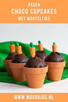 Hazen houden van wortels, hazen horen bij Pasen. Dus deze chocolade cupcakes mogen vast met Pasen op tafel. #uitpaulineskeuken #pasen #leev Cupcakes, Chips, Pudding, Sweets, Blog, Breakfast, Desserts, Fun, Easter Recipes