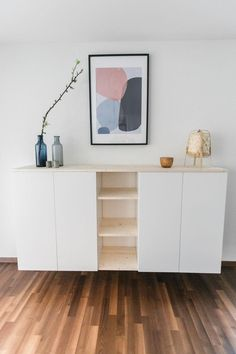 IKEA-Hack: sideboard for the dining room IKEA-Hack: Sideboard für das Esszimmer IKEA hack: easily build an individual wall shelf from two Metod cabinets and a little bit of wood. Ikea Closet Hack, Ikea Hack Bedroom, Home Decor Bedroom, Ikea Dining Room, Kitchen Ikea, Kitchen Hacks, Apartment Interior Design, Diy Interior, Ikea Hack Kids