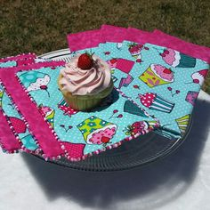 It is Summer Cupcake time!!!