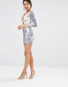 Image 4 ofMissguided Long Sleeve Plunge Bodycon Dress