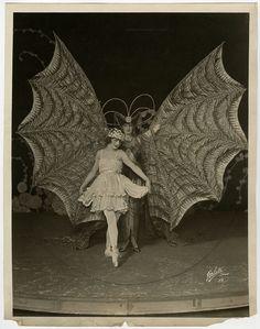 Ziegfeld Girl Dolores Fierce Wild Jazz Age Vintage 1921 Large Format Photograph