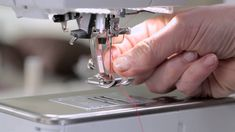 Tutorial on the BERNINA 720, 740 and 770 QE: First steps - YouTube