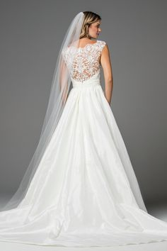 Watters gown Chase. Size 4, Ivory is available at Debra's Bridal Shop, Jacksonville, Fl. Contact us for your consultant appointment at 904-519-9900.