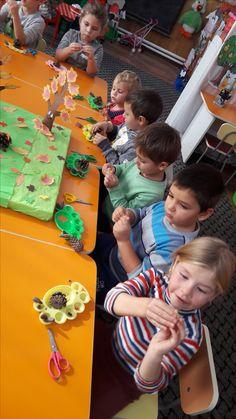 Gingerbread Cookies, Hedgehog, Activities For Kids, Gingerbread Cupcakes, Children Activities, Hedgehogs, Kid Activities, Petite Section, Kid Crafts
