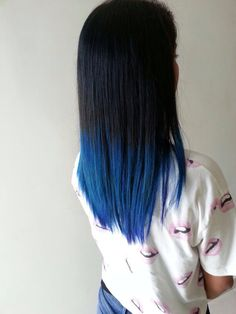 Ombree blue hair