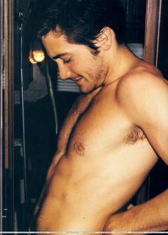 Photos - 35 Jake Gyllenhaal Shirtless Photos - 6 - Socialite Life ...