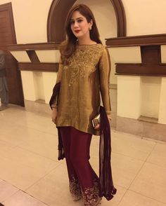Our gorgeous client stuns in outfit at a wedding ✨ Shadi Dresses, Pakistani Formal Dresses, Pakistani Wedding Outfits, Pakistani Dress Design, Indian Dresses, Simple Dresses, Casual Dresses, Fashion Dresses, Girls Dresses