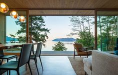 Washington State's San Juan Islands National Monument. Seeking a quiet retreat, a couple builds a 1,600-square-foot property where simplicity reigns.