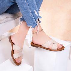 Papuci cu talpa joasa dama bej Danatia Flats, Sandals, Casual, Shoes, Fashion, Loafers & Slip Ons, Slide Sandals, Moda, Sandal