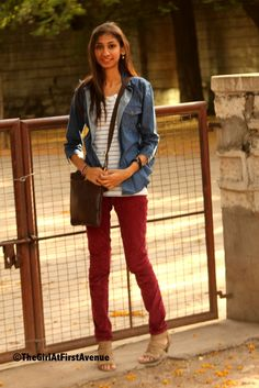 oxblood pants + stripes + denim This girl is a superhero. This is the combo that I knew could work but couldn't find. Oxblood Pants, Leopard Heels, Clothes Horse, White Denim, Sweater Outfits, Fashion Photo, Chambray, Indian Fashion, Fashion Forward
