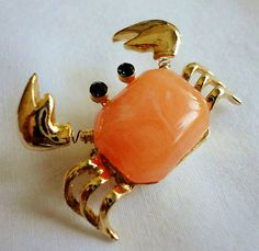 """Vintage FIGURAL CRAB CORAL """"JELLY BELLY"""" Brooch/Pin* I'M A TREMBLER!"""
