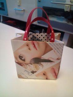 ミニ紙袋の作り方 折り紙 紙小物・ラッピング ハンドメイド・手芸レシピならアトリエ