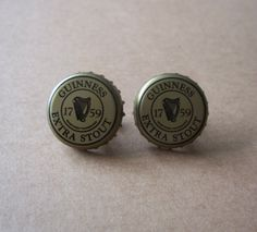 Guinness Beer Cap Cuff Links Breweriana by MargsMostlyVintage Beer Caps, Guinness, Cufflinks, Shoe Bag, Independent Business, Stuff To Buy, Etsy, A4, Vintage