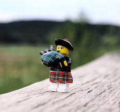 Lego piper