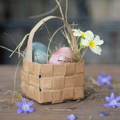 Easter Baskets To Make, Diy Crafts, Homemade, Seasons, Kids, Diy Decoration, Easter, Daycare Ideas, Crafts