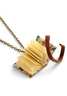 15. ModCloth Party Favors: Shelf Life Necklace. #modcloth #wedding