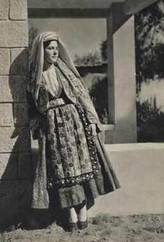 Macedonian Traditional Costume - Thassos Island ( Θάσος ) #Macedonia Greece circa 1930's
