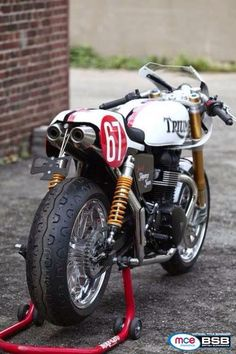 Amazing cafe racer