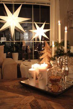:) Dei to siste dagene har det dalet ned så mye snø! Swedish Christmas, Noel Christmas, Pink Christmas, Scandinavian Christmas, Country Christmas, All Things Christmas, Beautiful Christmas, Winter Christmas, Christmas Crafts