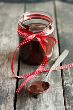 hasselpähkinä-suklaatahna