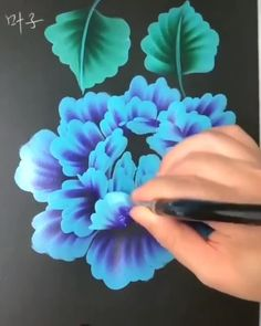 Rate from Great art by ID: (Döuyin App) Tag your friends - Acrylic Painting Flowers, Flowers On Canvas, Acrylic Art Paintings, Flower Painting Canvas, Paint Flowers, One Stroke Painting, Fabric Painting, Diy Canvas Art, Canvas Painting Tutorials