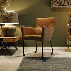 Casamari eetkamerstoel in 43 kleuren leer en stof Comfortable Office Chair, Colorful Interiors, Interior Design Living Room, Color Inspiration, Home Goods, Dining Chairs, Sweet Home, Bedroom Decor, Cabinet