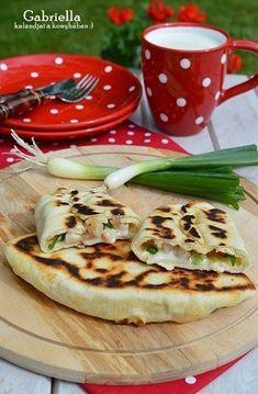 Gabriella kalandjai a konyhában :): Pupusas Clean Eating, Healthy Eating, Hungarian Recipes, Cooking Recipes, Healthy Recipes, Food To Make, Tapas, Bakery, Food And Drink