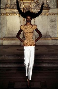 "Givenchy (Alexander McQueen) - 1997 S/S hc - ""the golden fleece"""
