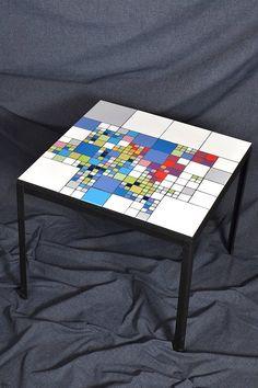 Viviane WOLFF réalise votre mosaique personnalisée,  votre table en mosaïque, votre console en mosaique, votre miroir , votre table de salon en mosaique... Mosaic, table