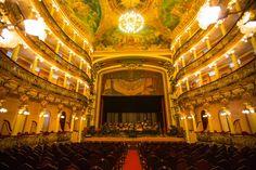 Manaus- AM, Brasil- Teatro Amazona  Foto: Embratur