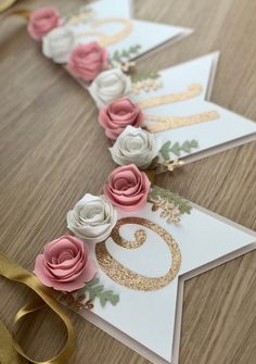 ONE Floral Highchair banner - Baby Girl Banner - Birthd.- ONE Floral Highchair banner – Baby Girl Banner – Birthday banner – Cake smash Banner – Floral Banner – Roses Banner – Photo Prop Eine Floral Highchair Banner Baby-Mädchen-Banner 1st Birthday Banners, Baby Girl 1st Birthday, First Birthday Parties, First Birthdays, Cake Birthday, 1st Birthday Girl Party Ideas, Birthday Banner Ideas, Baby Banners, Birthday Invitations