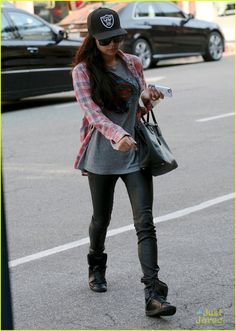 Naya Rivera Thanks Radio Stations for 'Sorry' Play: Photo Naya Rivera supports the Oakland Raiders as she heads to a salon on Wednesday afternoon (October in Beverly Hills, Calif. Naya Rivera, Big Sean, Comfy Casual, Passion For Fashion, Beautiful Outfits, Fall Outfits, Beautiful People, Celebrity Style, Winter Fashion
