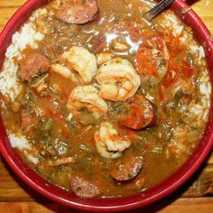 Smoky Shrimp and Chicken Gumbo Smokey Creole Gumbo recipe; cold fall nights are perfect weather for hearty,spicy gumbo.serve it with warm french bread and a green salad.makes me anxious for football! Seafood Dishes, Seafood Recipes, Soup Recipes, Cooking Recipes, Gumbo Recipes, Seafood Gumbo, Cajun Recipes, Best Gumbo Recipe, Recipies